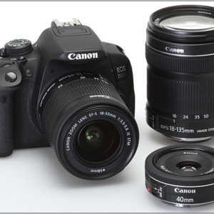 Canon Digital SLR Camera EOS 700D